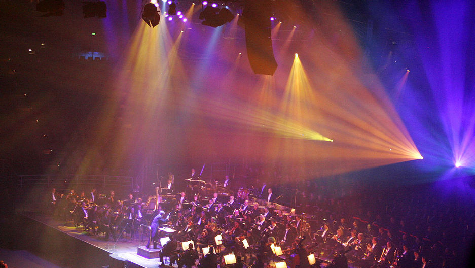 Anthony Inglis conducting the Melbourne Symphony Orchestra and the Royal Australian Airforce Band at the Classical Specatular 2005 in the Rod Laver Arena, Melbourne