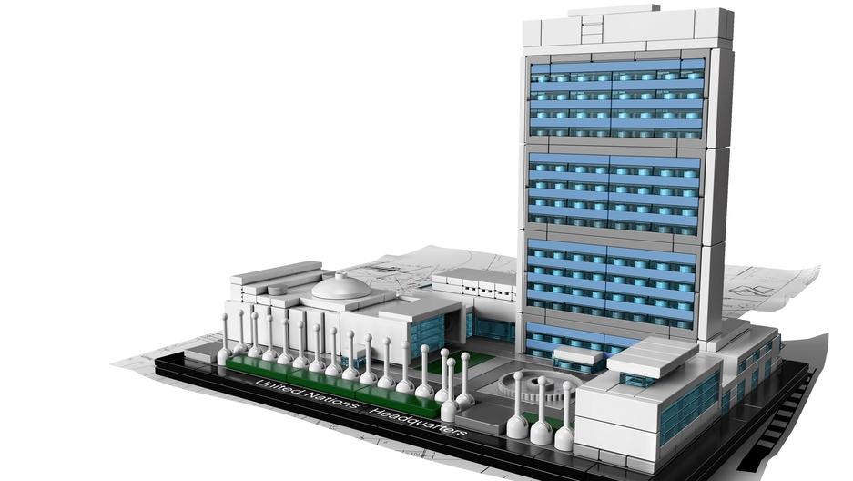 LEGO Model UN Headquarters