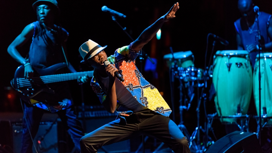Mokoomba performing at 2016 Africa Now showcase in Apollo Theatre in Harlem. Mathias Muzaza is the lead singer.