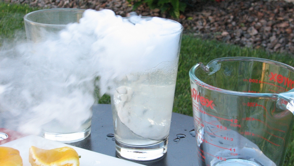 A refreshing glass of dry ice lemonade.