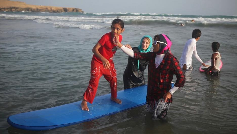 Surfing in Iran 4