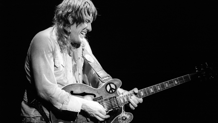 Alvin Lee performs with Ten Years After at Winterland in May 1978 in San Francisco, California.