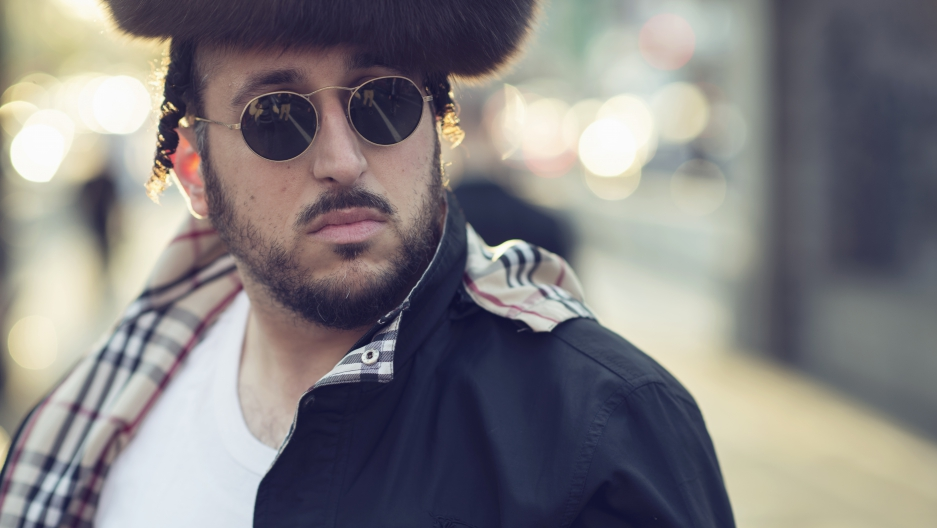 "Lipa Schmeltzer, the ""Hasidic Lady Gaga"""
