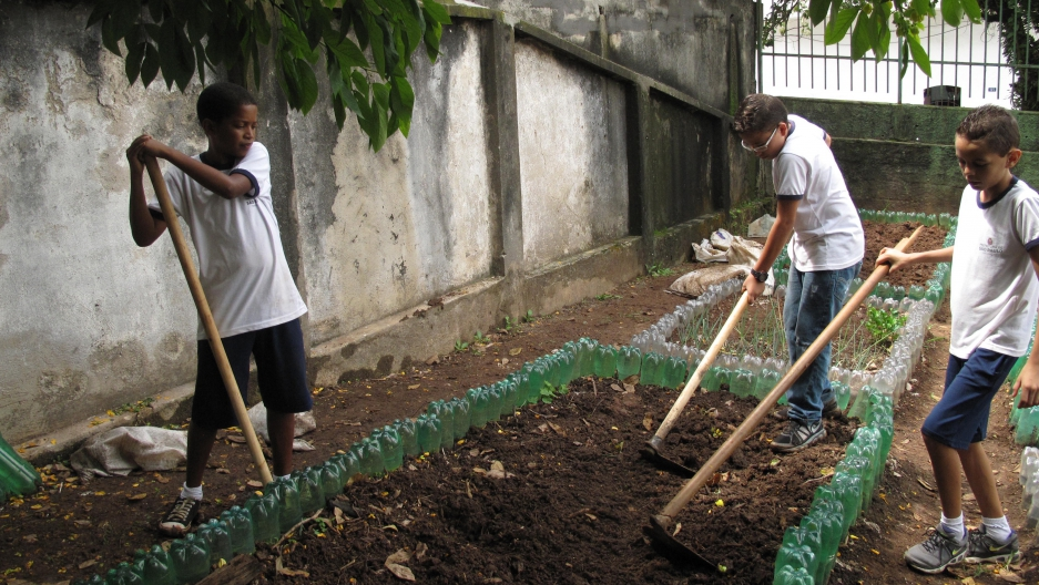Sixth-graders at the Leão Machado school in Sao Paulo. School gardens have become a popular way to help kids learn to eat healthier in Brazil.