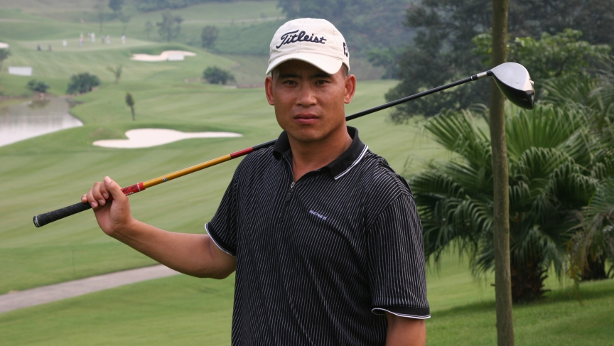 Zhou Xunshu is one of the subjects of Dan Washburn's new book on golf in China