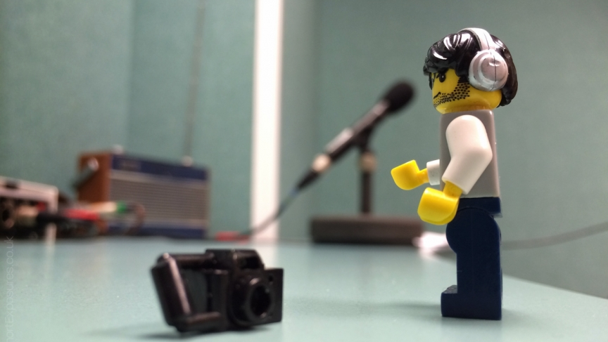 Lego Minifig Camera : A day in the life of a hard working lego minifigure photographer