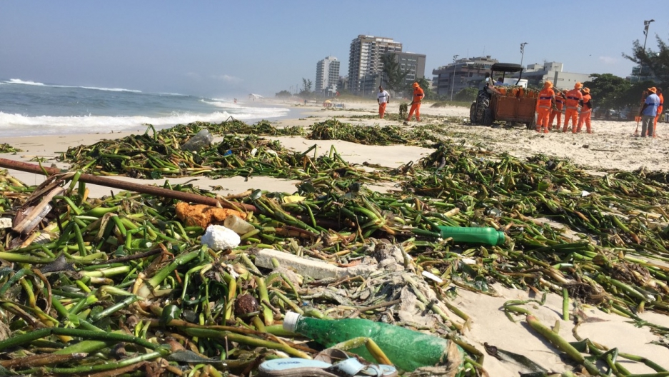 Barra da Tijuca beach a stinking mess on May 4 — and this was long after cleanup began.