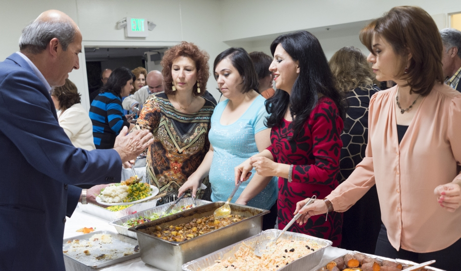 Armenian Iranians in the US celebrate Thanksgiving as a