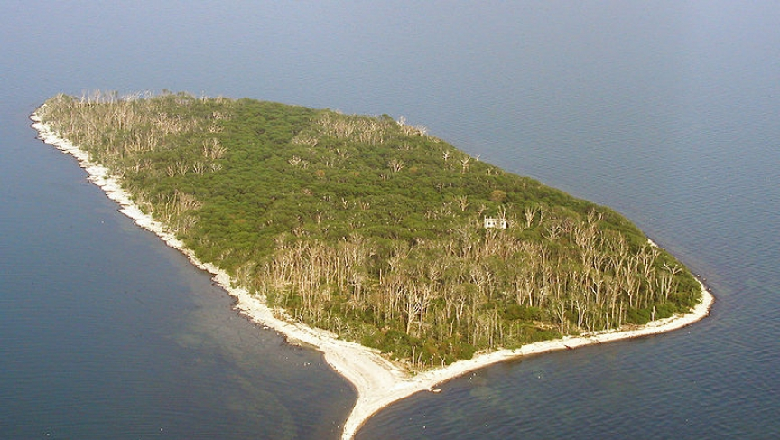 Aerial photo of Middle Island, Ontario Canada