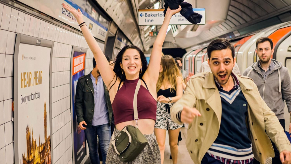 Overnight subway service in London to serve 50000 a weekend