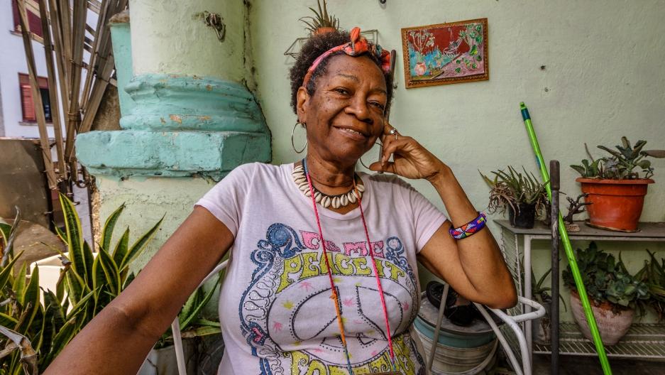 03b2e6c90c770a Reporter Deepa Fernandes revisits the lives of five Cuban women she ...