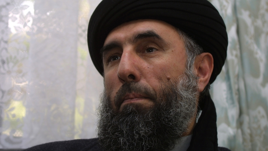Afghanistan inks peace deal with warlord 'butcher of Kabul'
