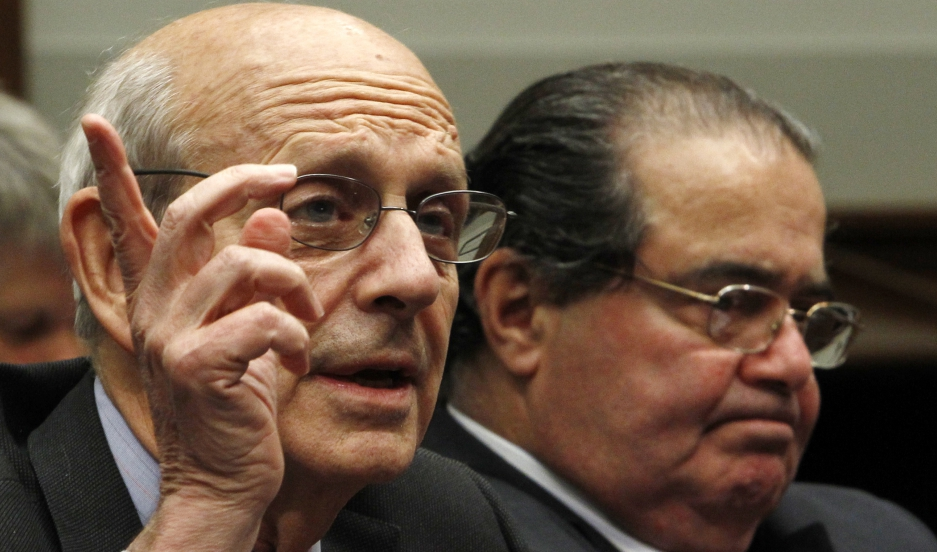 Supreme Court Justices Stephen Breyer and Antonin Scalia testify before a House Judiciary Commercial and Administrative Law Subcommittee hearing in 2010.