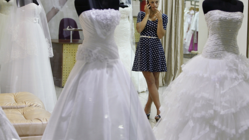 Mail-order brides in Ukraine keep drawing in lonely men, looking for ...
