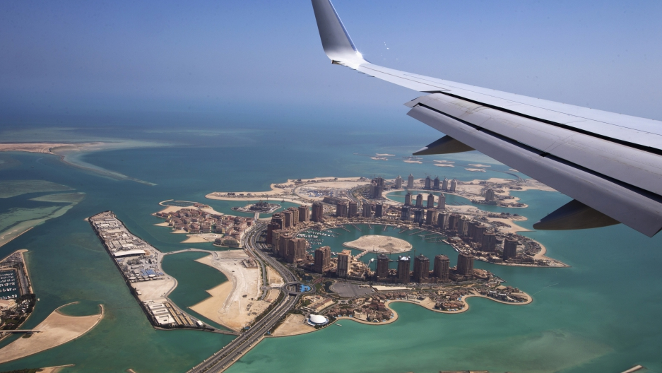 Qatar faces airspace ban as crisis with neighbours grows