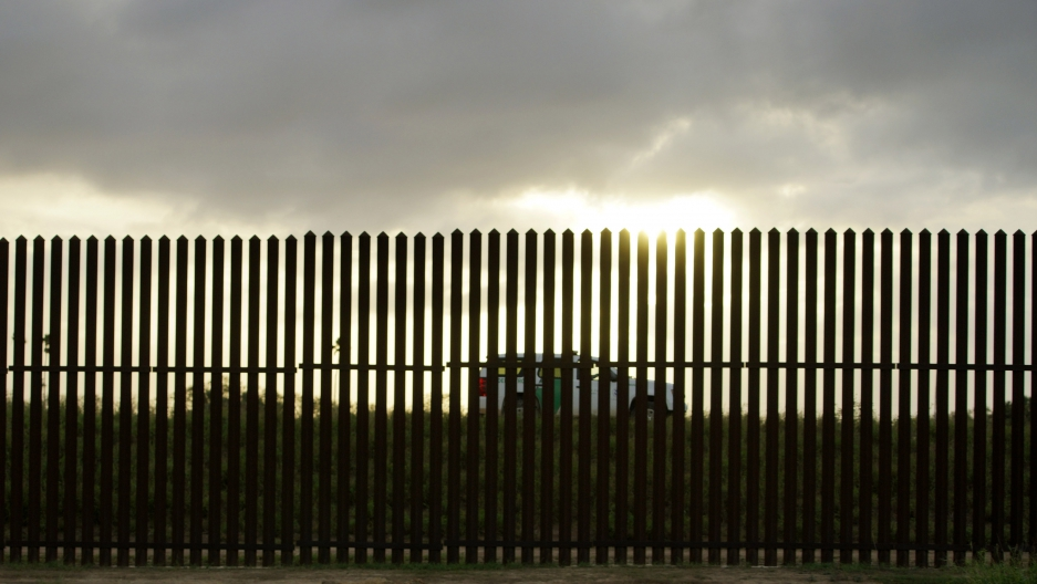 Do Good Fences Make Good Neighbors A History Of Border Walls