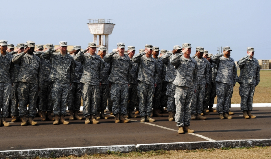 American soldiers take part in a ceremony marking the end of their mission to fight Ebola in Monrovia, Liberia, on February 26, 2015.