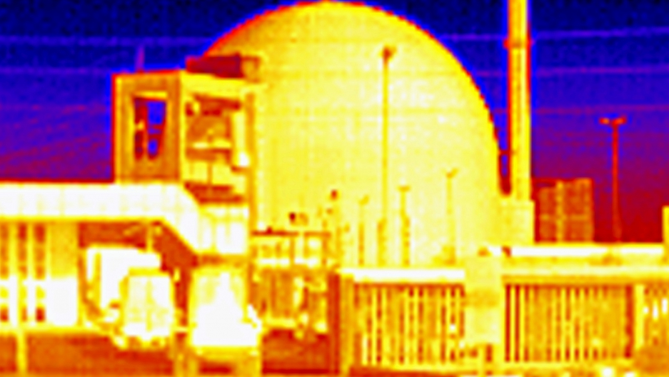 An image taken with a thermal camera shows the shutdown of a nuclear power plant in Germany. The picture does not show any temperature difference outside the power plant.