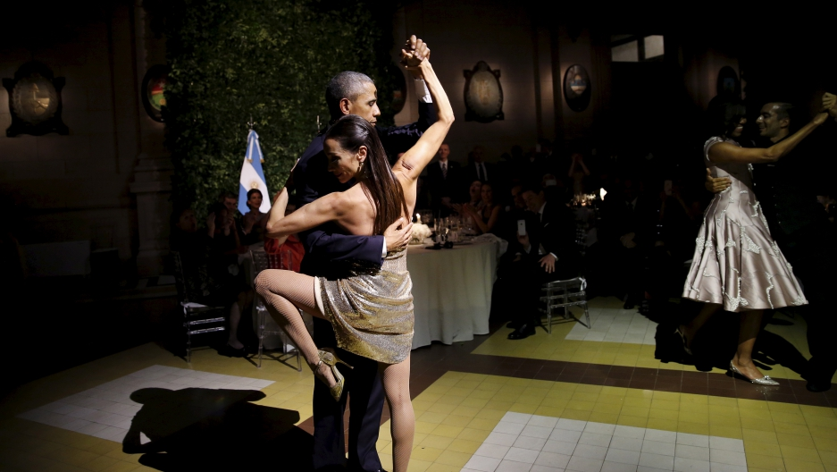 Obama does the tango with a dancer in Buenos Aires