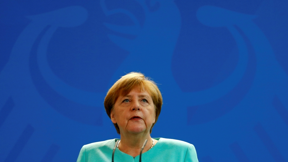 Senior German CDU party sources say on November 20, 2016 that Merkel will run again for the Chancellorship in the next year general elections.