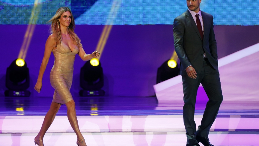 Presenters Rodrigo Hilbert and Fernanda Lima