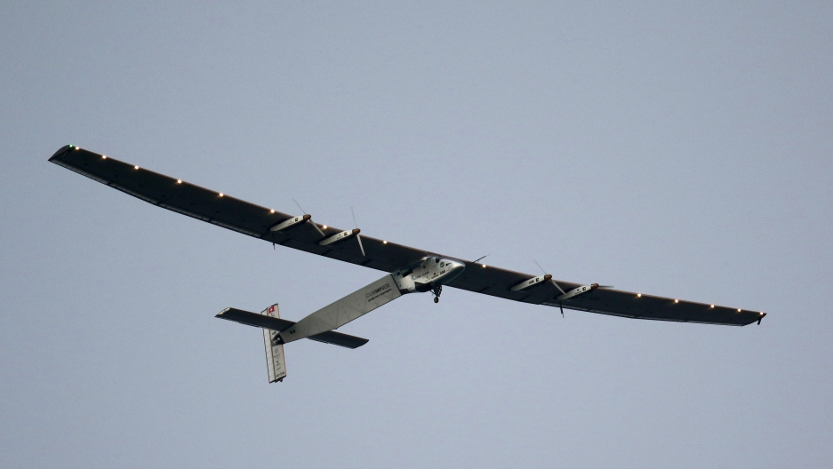 Solar Impulse 2 grounded in Hawaii until 2016
