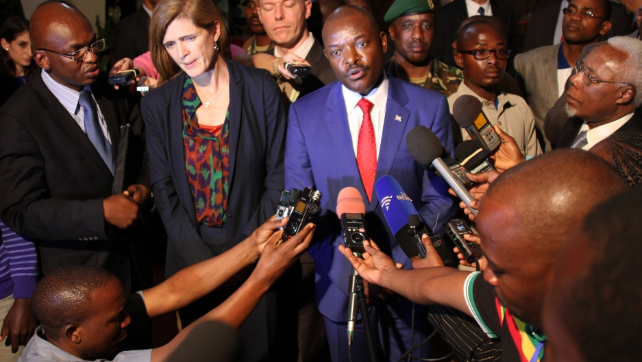 U.S. Ambassador to the United Nations, Samantha Power, and Burundian President Pierre Nkurunziza speak to the press in Gitega, Burundi.