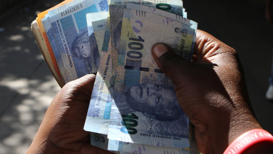 Running Out Of Us Dollars Zimbabwe Says It Will Print Its Own Bond Notes