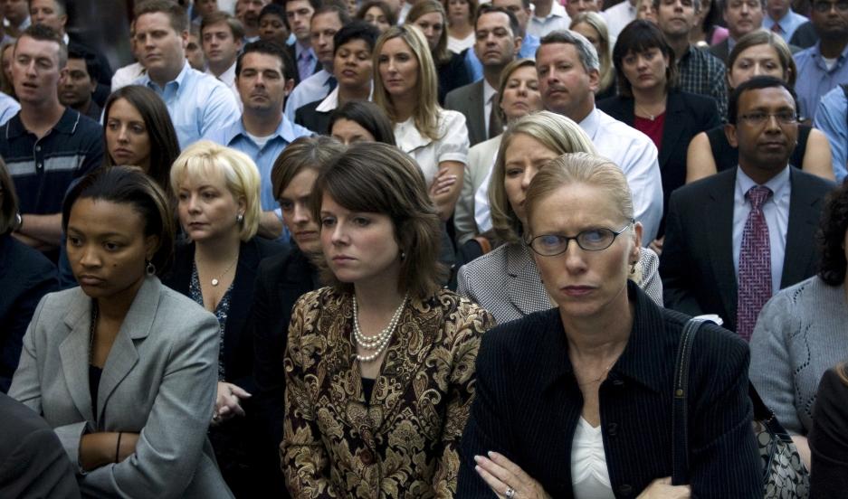Wachovia employees listen to Wells Fargo CEO John Stumpf