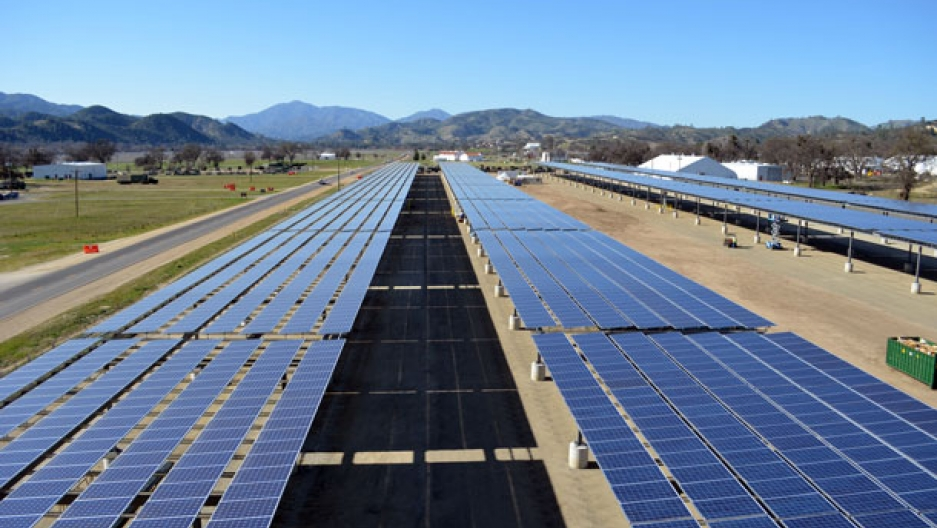 Solar Energy Jobs Fall For The First Time In Seven Years