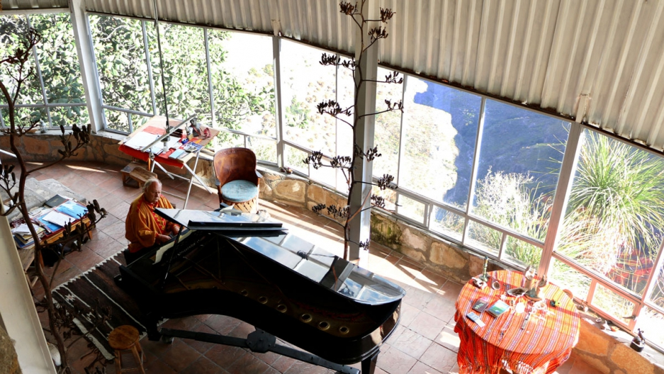 Romayne Wheeler's Steinway & Sons grand piano was transported from the city of Guadalajara and now sits inside his home on the edge of a cliff in the Sierra Tarahumara.