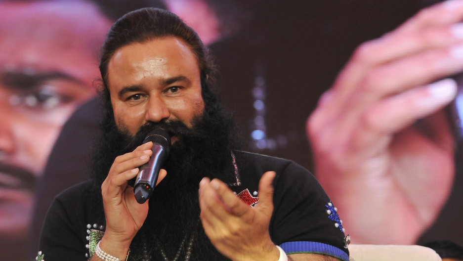 "Gurmeet Ram Rahim Singh talks to the media about his movie ""MSG — The Messenger of God"" in 2015."