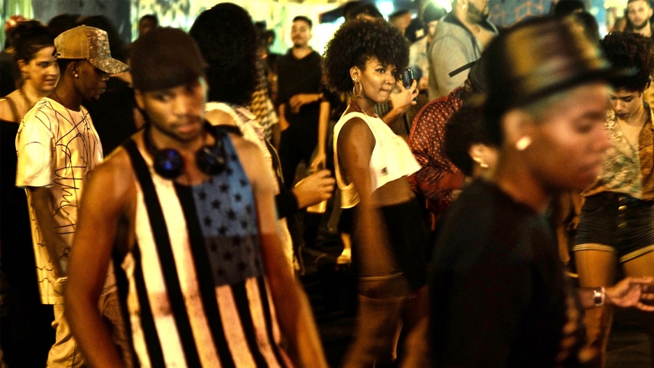 Dancers at the weekly Saturday night charme dance in Madureira