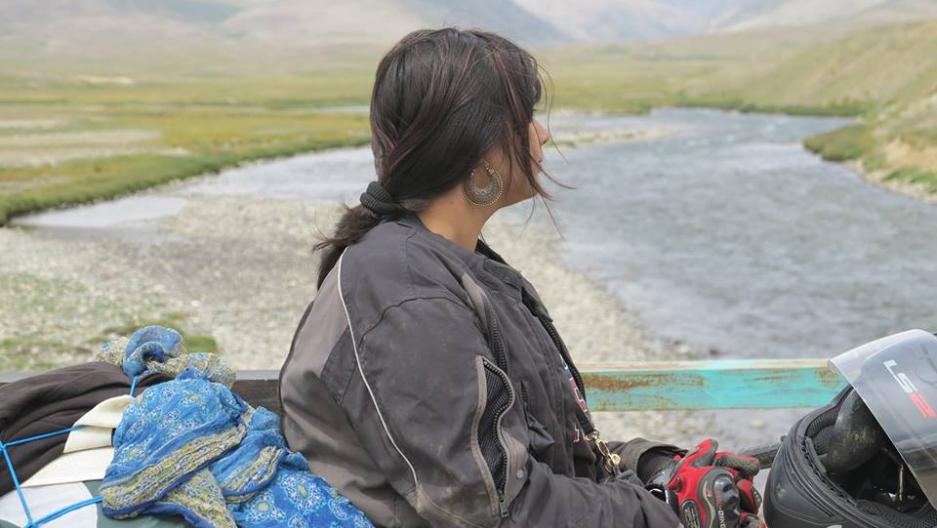 Zenith Irfan defied Pakistani social boundaries and set off to honor her father's legacy by taking a motorcycle trip across Pakistan from Lahore to Kashmir.
