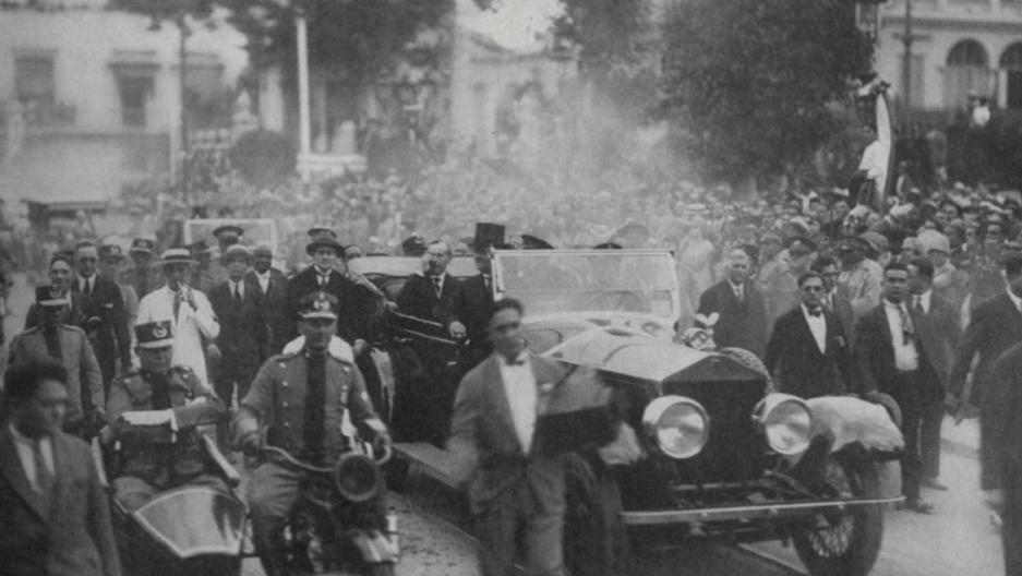 Calvin Coolidge's triumphal procession through Havana, Jan 15th 1928