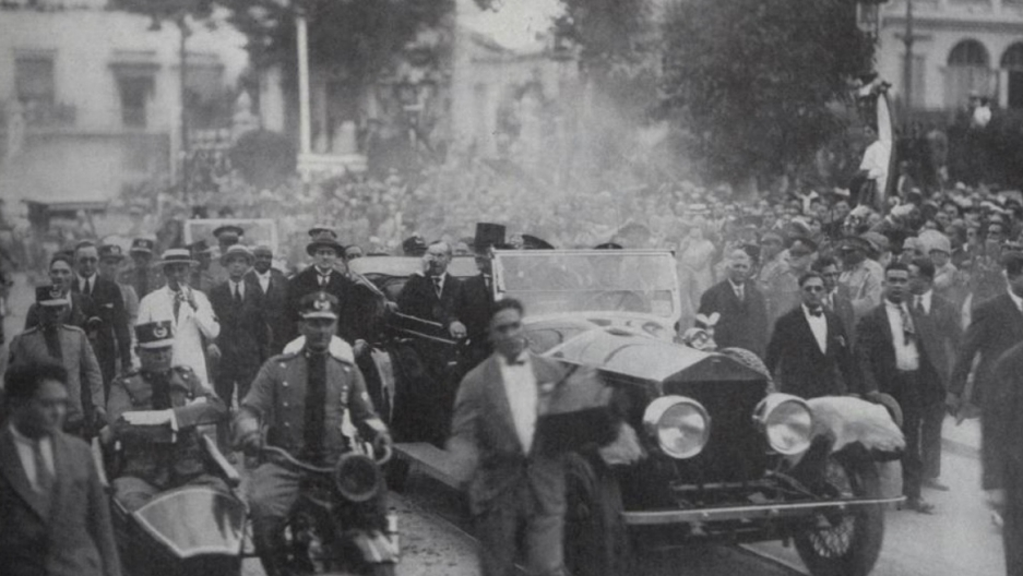 Calvin Coolidge's triumphal procession through Havana, Jan 15th 1928