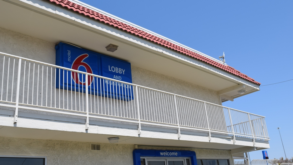 Motel 6 is apparently calling ICE on undocumented guests""