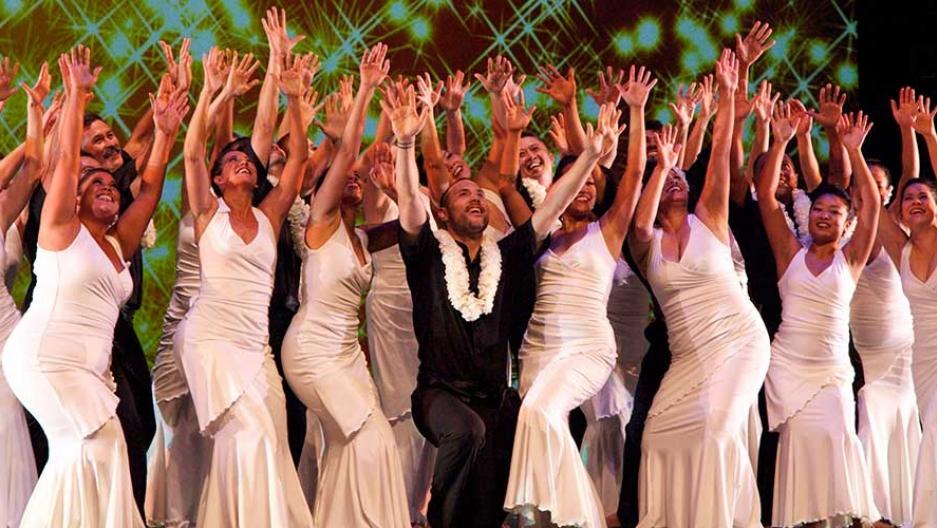 Dancers with hands up