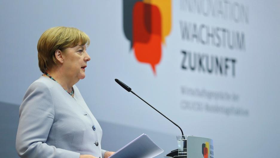 Angela Merkel Welcomes US Offer to Resume TTIP Talks