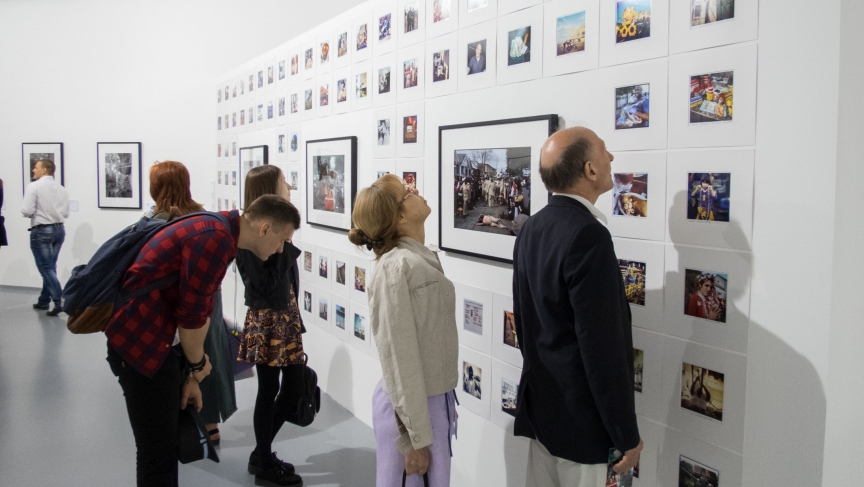 New Orleans in Photographs - opening night visitors in Moscow