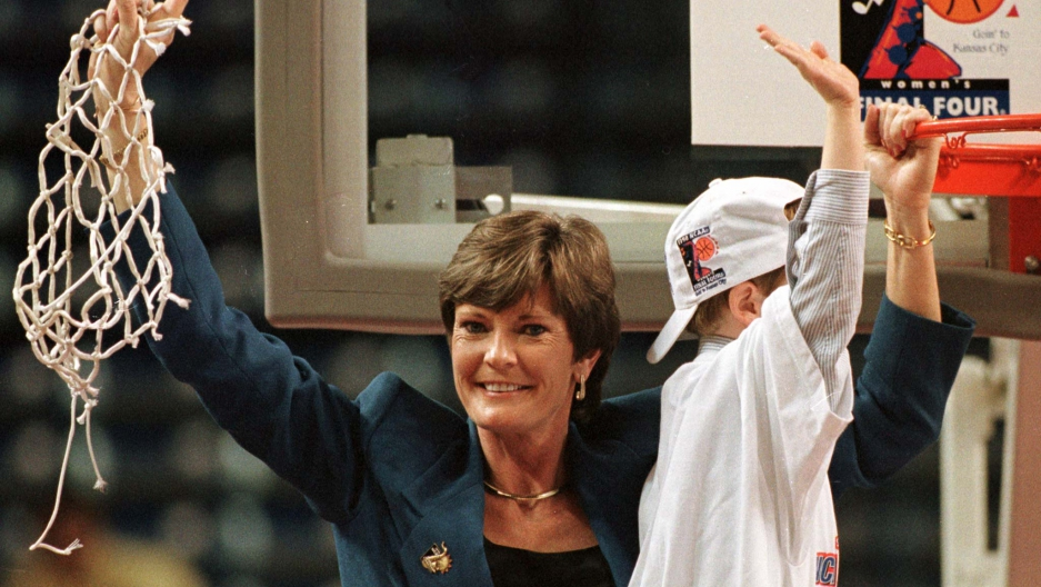 Tennessee Volunteers head coach Pat Summitt