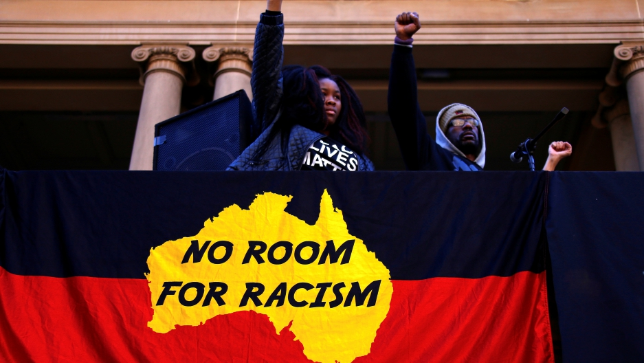 a story of personal experience with racism Category: papers title: personal narrative my experiences with racism  is  bliss just a few days before i had to do this essay, my mom shared a story with  me.