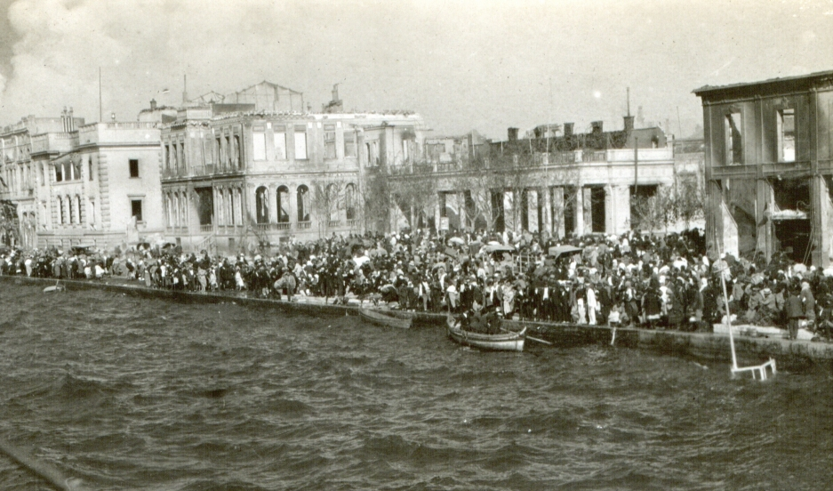 An American minister organized a last-minute sea rescue of 250,000 people from the Ottoman city of Smyrna at the height of the Armenian genocide
