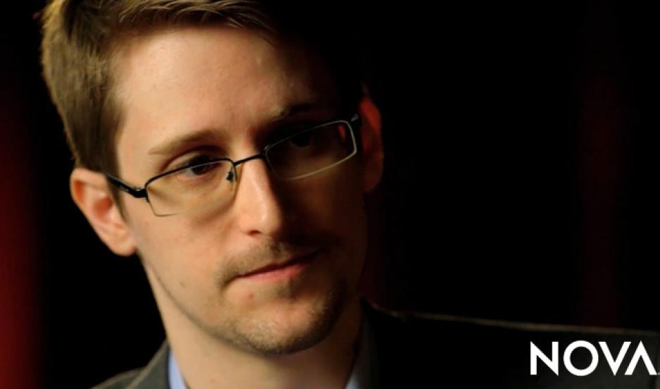 Edward Snowden urges the US to go on defense in cyberwarfare