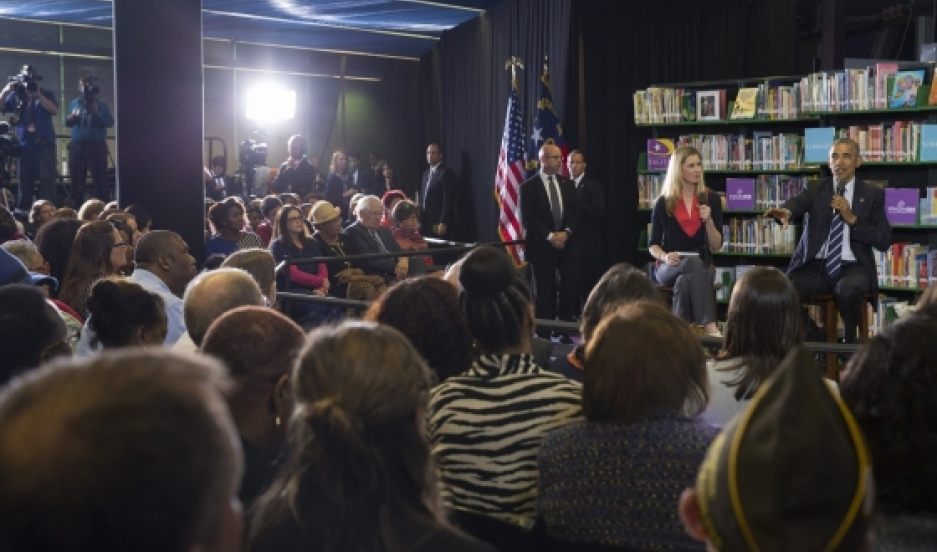 President Barack Obama participates in a Town Hall with BlogHer and SheKnows Online communities at the Spangler Library at ImaginOn in Charlotte, NC, April 15, 2015.
