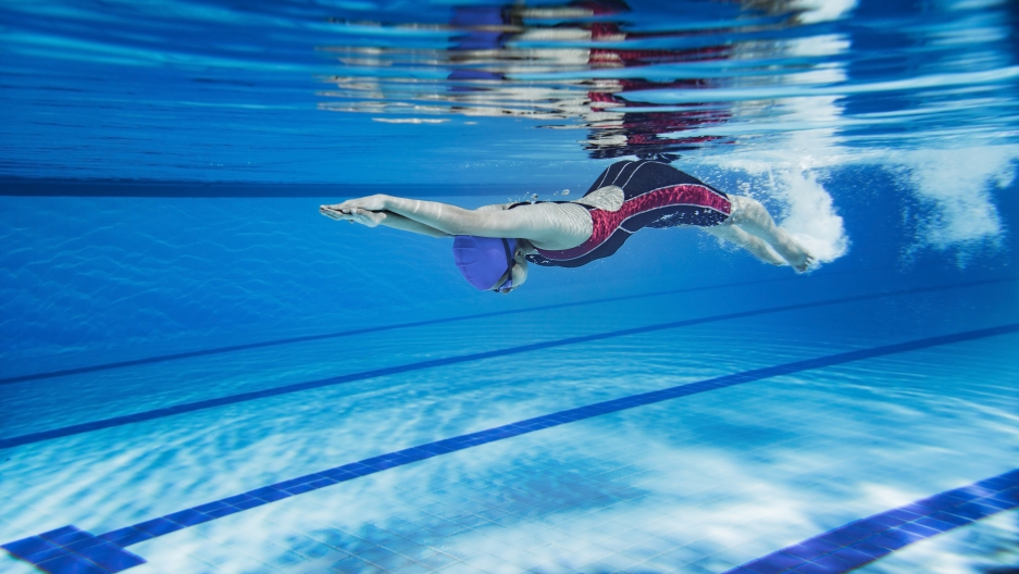The physics behind the worlds fastest swim strokes
