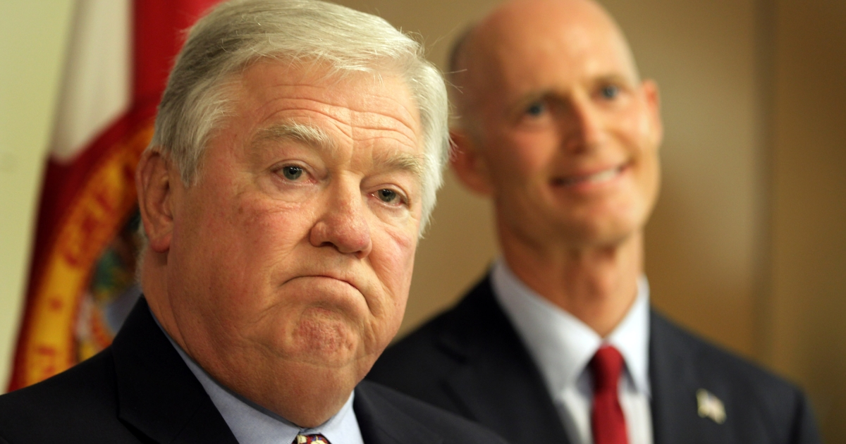 Mississippi Governor Haley Barbour speaks to the media at the Sweetwater Youth Center on August 31, 2010 in Sweetwater, Florida accompanied by Rick Scott, the Republican candidate for governor of Florida.</p>