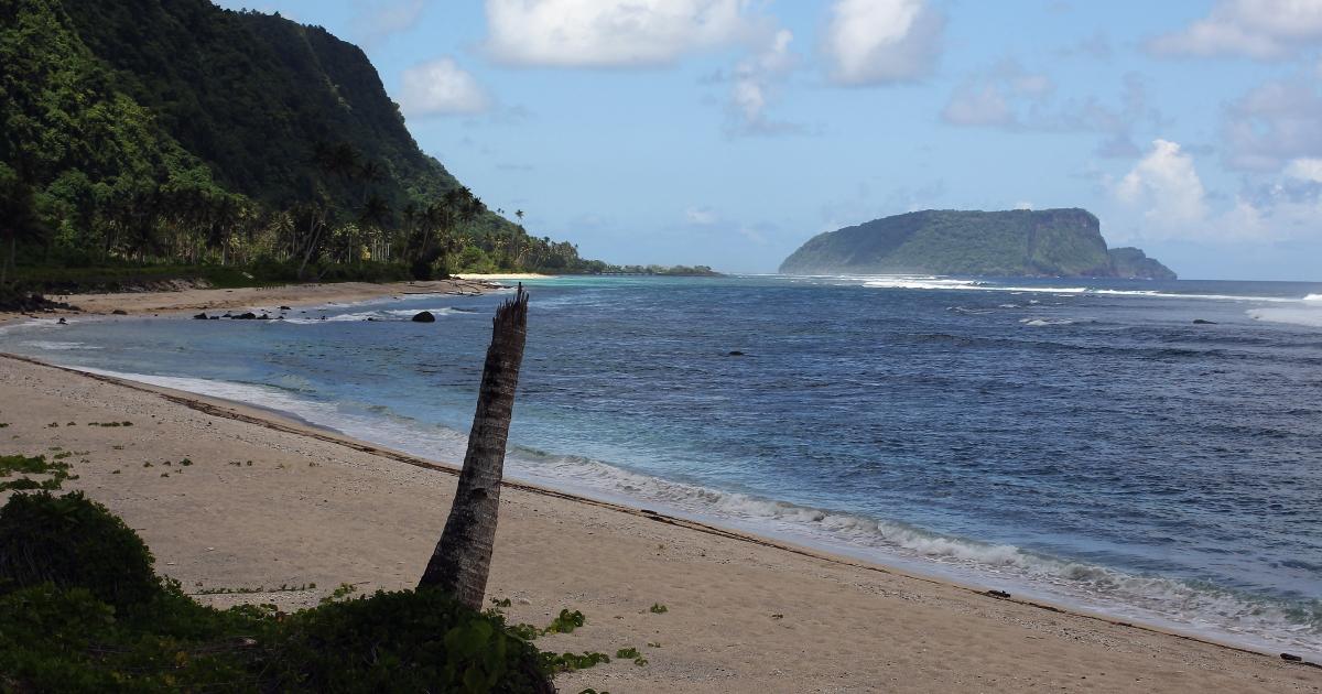 A clean beach in Saleapaga, Samoa.</p>