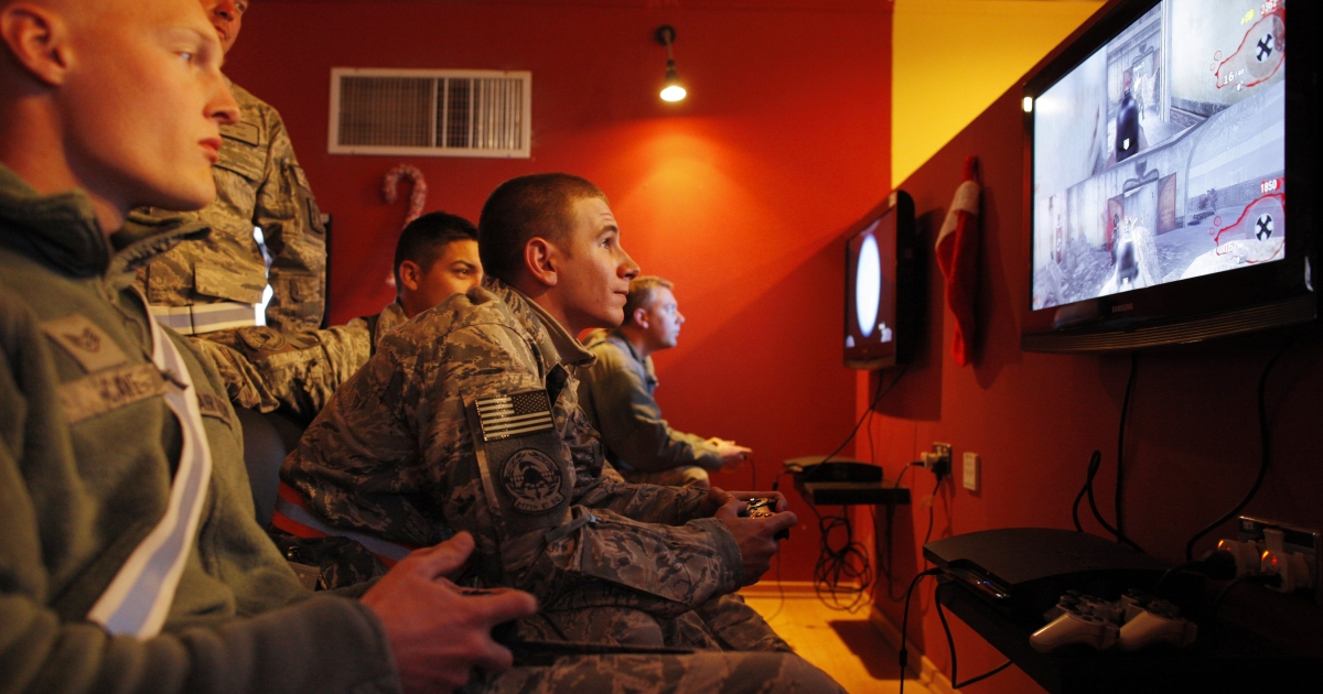 #1 VIOLENT VIDEO GAMES: Troops play the video game