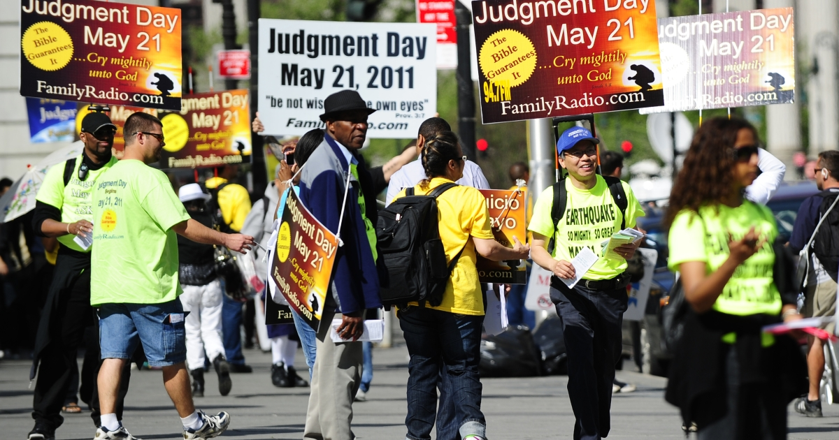 10. The Rapture (May 21, 2011): Activists who believed that 'Judgement Day' would occur on May 21, 2011, spread their word near Manhattan City hall in New York on May 12, 2011. Minister and evangelical broadcaster based in California Harold Camping, 89, predicted the end of the world, pointing to mathematical clues in the Bible as the source of his prediction and had his many followers and some 2,000 billboards announcing the event. On May 21, according to Camping, all true Christians should have been taken to heaven while those left behind suffered through cataclysms until the end of the universe, predicted to be October 21, 2011.</p>